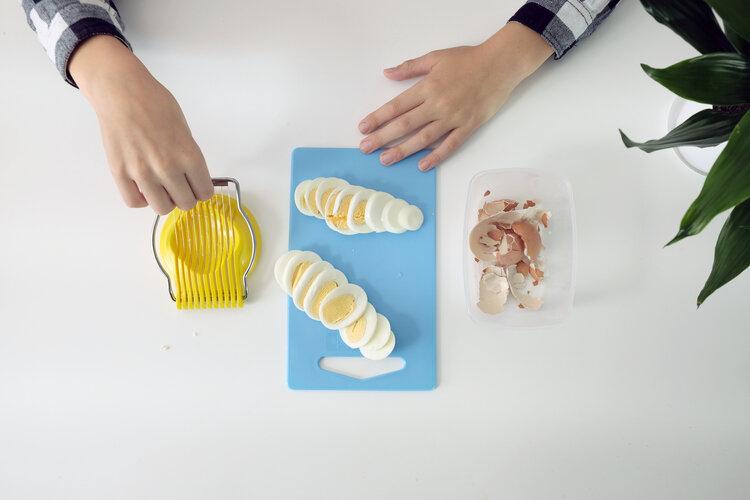 dicing and slicing egg